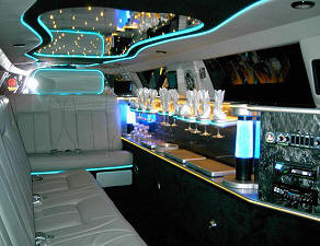 Tampa Chrysler 300 limo interior
